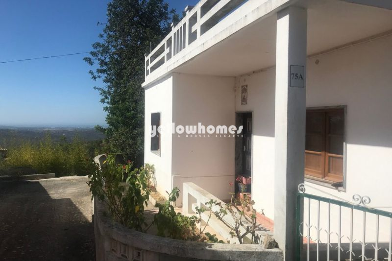 Renovation property for sale near Loule with beautiful sea views